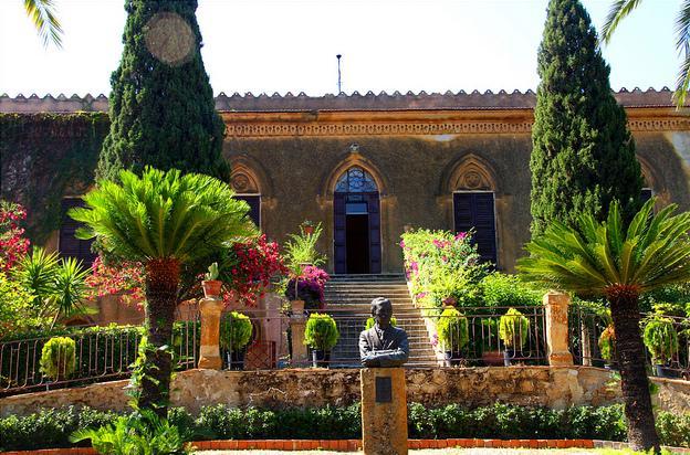 <strong>Agrigento</strong>. Villa Aurea: Inaugurata la mostra «Sculture» a cura di Marina Giordano