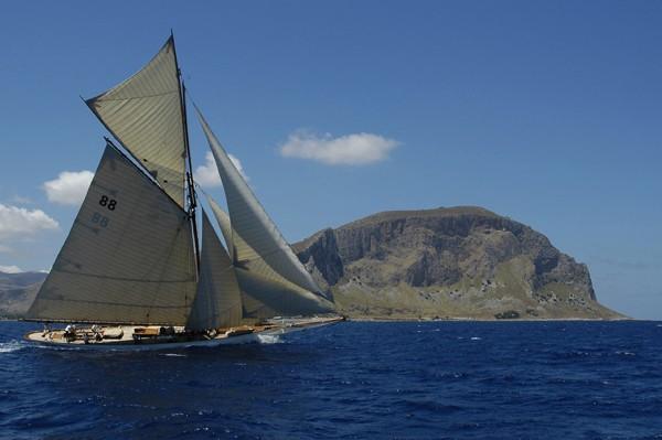 Sicilia, mito in un'isola di luce