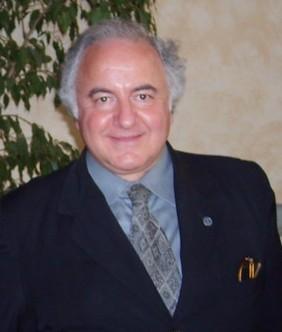 <strong>Francesco D'Episcopo</strong>. Riscatto ed umanesimo nel Sud, l'intervista ad un grande autore
