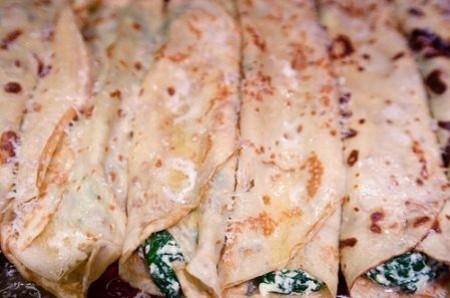 <strong>Crespelle con spinaci e ricotta</strong>. Sono un ottimo primo piatto davvero stuzzicante