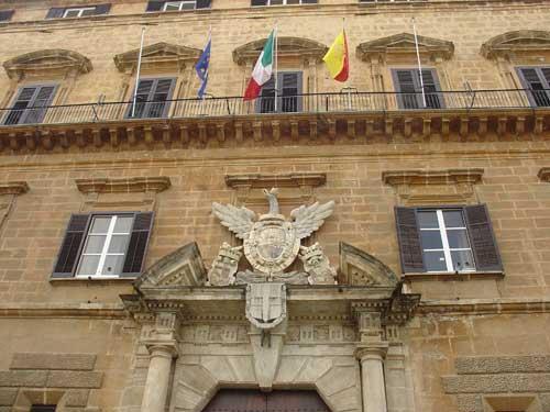 <strong>Bilancio Sicilia</strong>. Un altro stop per bilancio e finanziaria, la Regione Sicilia rischia il commissariamento