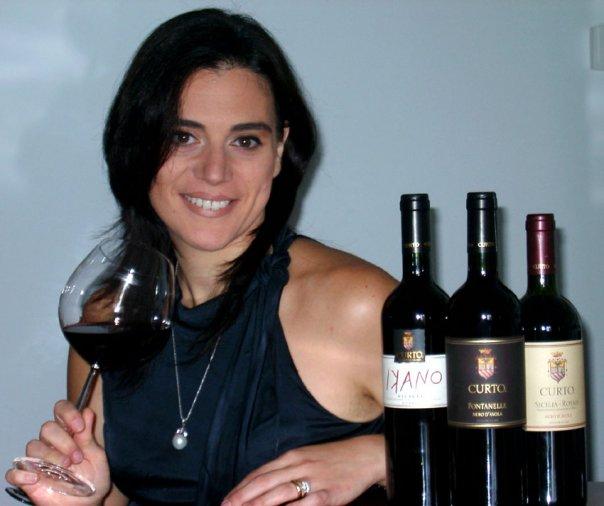 <strong>Antica Azienda Agraria Curto</strong>. La tradizione del vino