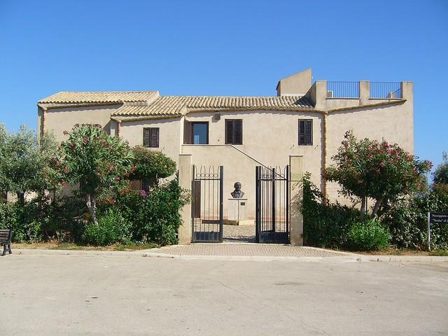 <strong>Caos</strong>. La casa natale di Luigi Pirandello ad Agrigento circondata da straordinari panorami