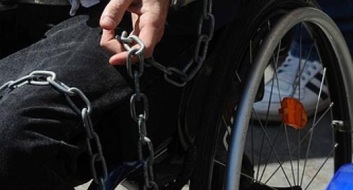 """<strong>""""Abbandonati da Stato e Regione""""</strong>, in sciopero della fame 24 disabili gravi"""