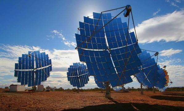 <strong>Sicilia: solare termodinamico</strong>. Firmata la &#8220;Carta del Sole&#8221;, le imprese scelgono il termodinamico. Con questa nuova tecnologia la Sicilia diventa leader in Italia