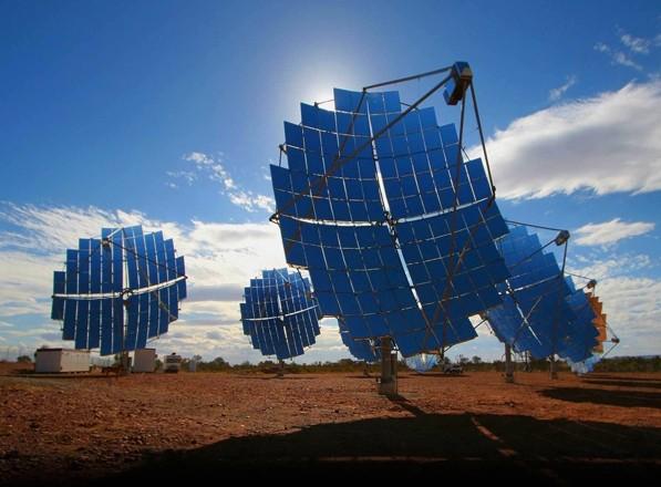 """<strong>Sicilia: solare termodinamico</strong>. Firmata la """"Carta del Sole"""", le imprese scelgono il termodinamico. Con questa nuova tecnologia la Sicilia diventa leader in Italia"""