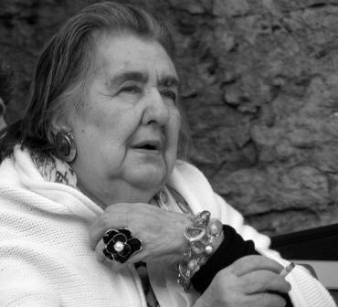 <strong>Alda Merini</strong>, un vivere nudo con le stimmate della Poesia privilegio e dannazione