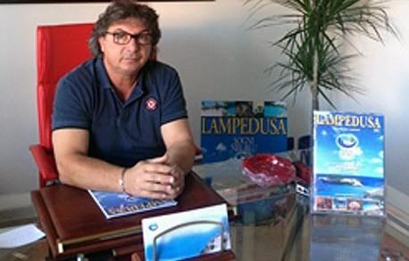 <strong>Lampedusa</strong>. Sciopero della fame degli isolani, &#8216;Bloccheremo tutto, anche i viveri dei migranti&#8217;