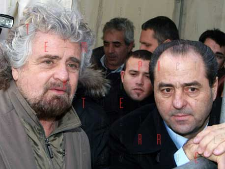"""<strong>Di Pietro</strong>. L'Italia dei Valori è finita a Report!<br><strong>Grillo</strong> """"Antonio for President"""". Quirinale?<br><strong>Movimento 5 Stelle</strong>. Prove di alleanze?"""