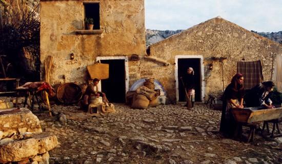 <strong>Mercatini e presepi dai sapori antichi</strong>. A Centuripe 47 natività in mostra per le strade. Cassatelle a Caltagirone