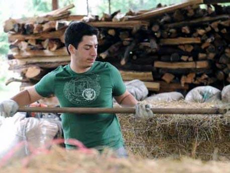 """<strong>Renzo Bossi</strong>. Braccia rubate all'agricoltura ritornano alla """"Madre Terra Padana"""""""
