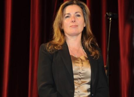 "Ester Bonafede: ""Troppo pochi 5440 euro al mese"""