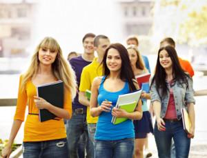 dall'aumento dell'autonomia al no ai privati Rilancio dell'istruzione, le proposte dei partiti