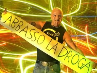 Iniziativa del <strong>Dj Aniceto</strong>: Bustine monouso di zucchero al posto della cocaina