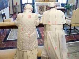 papa_francesco_benedetto XVI_2