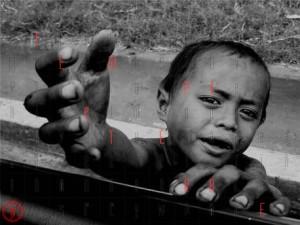 Bambini poveri affamati