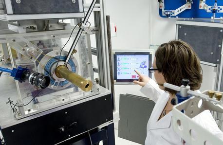 Fisica nucleare applicata alla <strong>lotta ai tumori</strong>