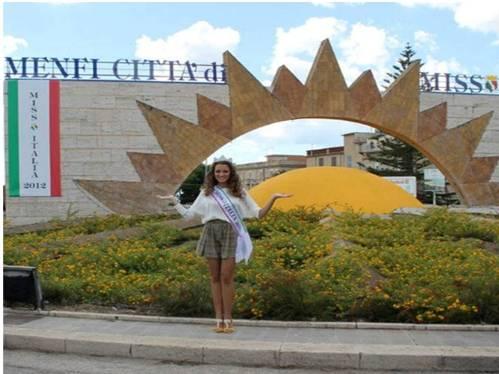 Miss Italia <strong>Giusy Buscemi</strong> Ambasciatrice dell'identità territoriale