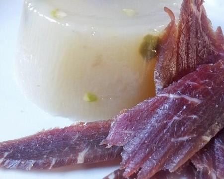 Gelo di <strong>&#8220;mellone&#8221; bianco</strong> e prosciutto crudo di Parma