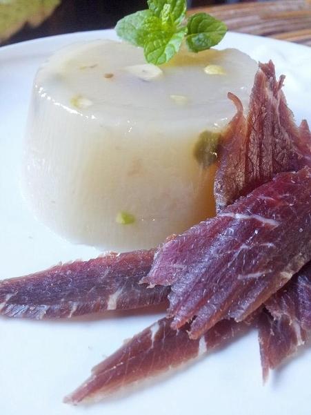 """Gelo di <strong>""""mellone"""" bianco</strong> e prosciutto crudo di Parma"""