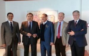 Da sx  Ambasciatore Al-Akwa, Leoluca Orlando, il Ministro Mujawar, Alessandro Chiarelli, Giovanni Tumbiolo.