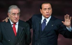 Silvio Berlusconi (D) e Marcello Dell'Utri (S) alla convention del Circolo dei giovani del buon governo a Montecatini Terme (Pistoia) l'11 novembre 2007. Non e' dispiaciuto Dell'Utri che Berlusconi non sia intervenuto al suo processo a Palermo, anzi oggi in conferenza stampa ha sottolineato di essere stato lui stesso a dire ''a Berlusconi che non bisognava parlare''.MAURIZIO DEGL'INNOCENTI/GID