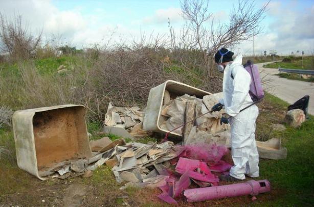<strong>Agrigento</strong>. Rimossi rifiuti pericolosi da alcune strade provinciali
