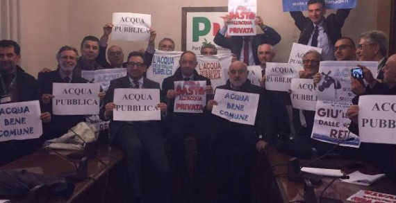 <strong>Acqua pubblica</strong>, Sindaci all'Ars per protesta