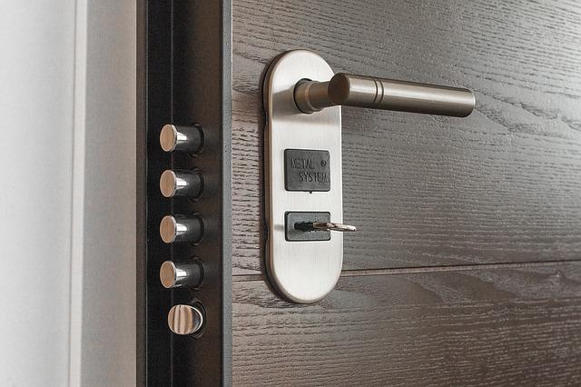Sicurezza casa: scegliere l'antifurto giusto per difenderla