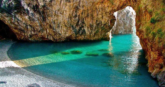 La Calabria investe sul turismo