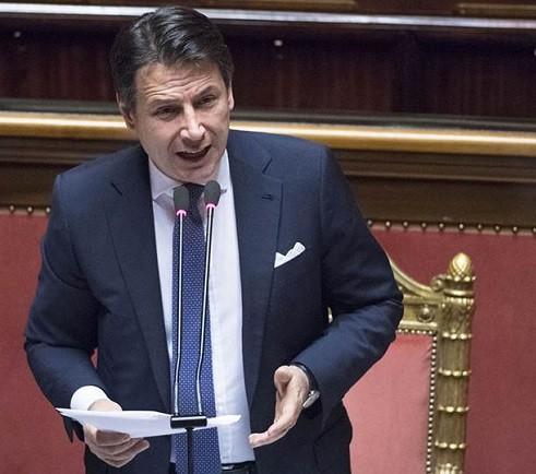 """Coronavirus, Premier Conte al Senato: """"Programma riaperture omogeneo su base nazionale"""""""