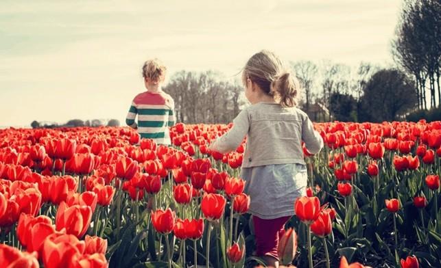 Come vestire un neonato in primavera: i consigli degli esperti
