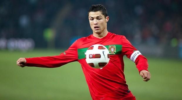 Il calciatore con più followers sui social