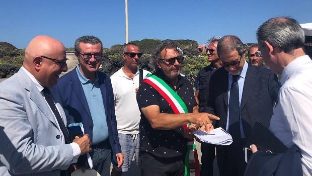 Lampedusa, sindaco Martello e Musumeci convocati dal premier Giuseppe Conte a Roma
